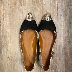 Tesori Snakeskin Flats (Nordstrom Brand)- Size 11